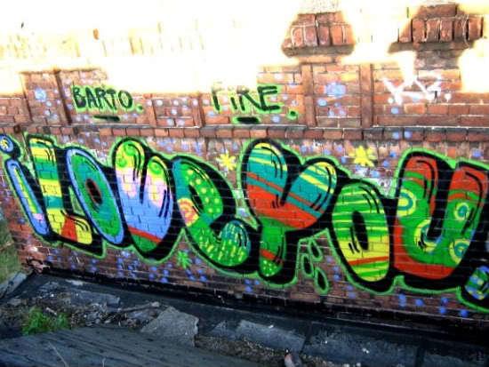 bright-colors-cool-graffiti-i-love-you-Favim.com-274769